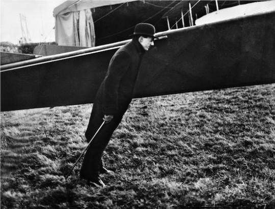 Zissou dans le vent de l'hélice d'Amerigo